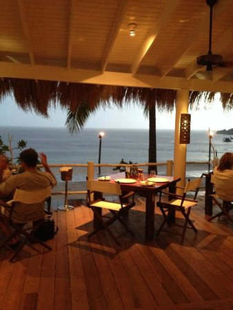 dining area at the Beachfront