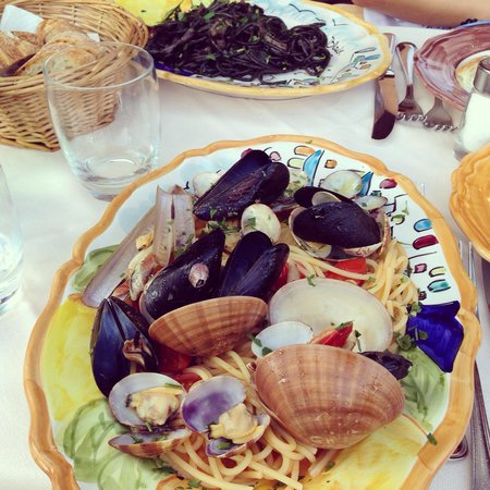 CHEZ BLACK: Sooo delicious!!