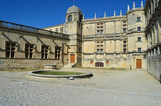 Château de Grignan : O castelo - Vista externa