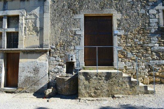 Château de Grignan : Porta enigmática