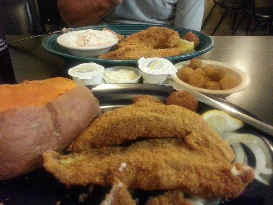 Sheba's Family Restaurant: catfish!  lots of it :-) plus
