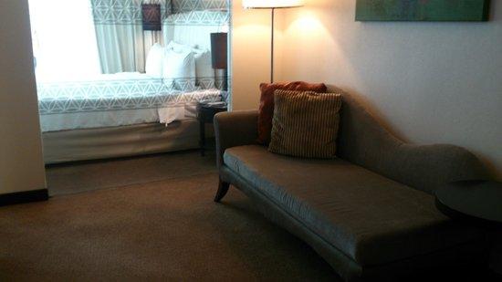 Hatten Hotel Melaka: Sofa