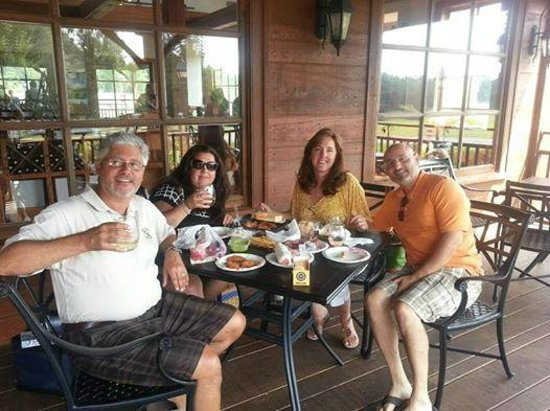 New Kent Winery: Enjoying Good Food and Good Wine