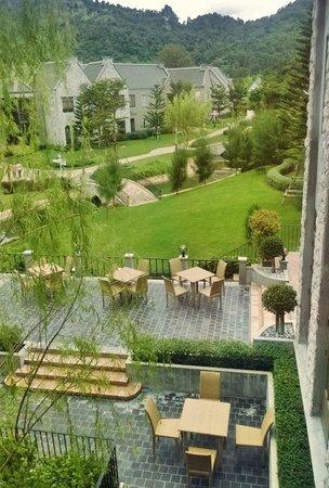 Thames Valley Khao Yai : courtyard