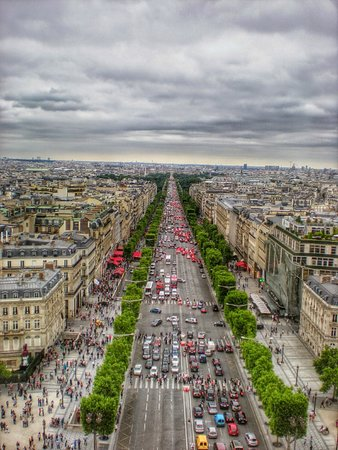 Champs-Élysées : Champs-Elysees as seen from the top of the Arc de Triomphe