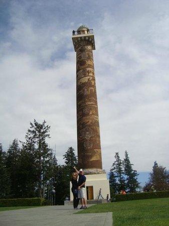 Astoria Column: La torre