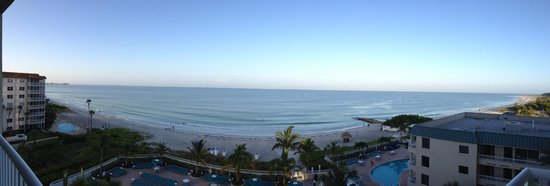 Lido Beach Resort: Panoramic view from our balcony