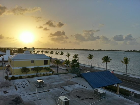 Key West Bayside Inn & Suites : View from Balcany!