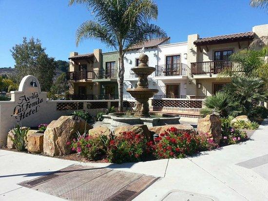 Avila Beach, CA: Hotel front