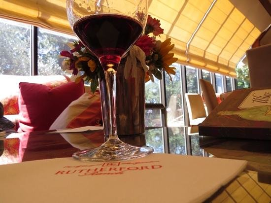 Rutherford Ranch Winery: The wine & chocolate tasting is the best!