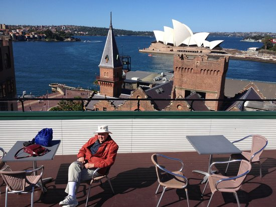 Holiday Inn Old Sydney: View from rooftop pool