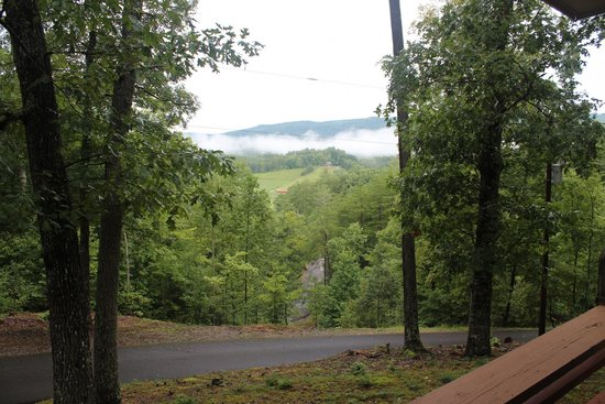 Kero Mountain Resort: View from Rose Hill Cabin