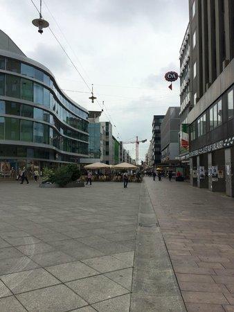 Mercure Hotel Saarbrücken City: near with town - easy to go