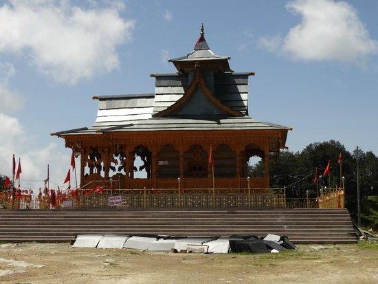 Hotel Hatu: hatu temple