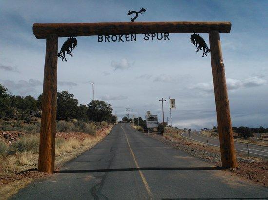 Broken Spur Inn : Welcome