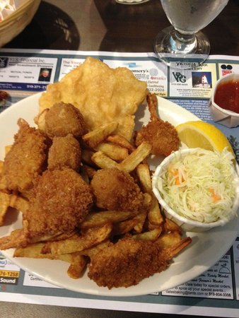 Lord Elgin Fish & Chips : Seafood Platter