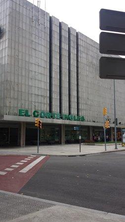 Hilton Barcelona: nearby El Corte Ingles shopping center