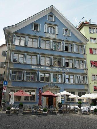 Zunfthaus zur Waag: Zunfthaus on Munsterhof - delightful.