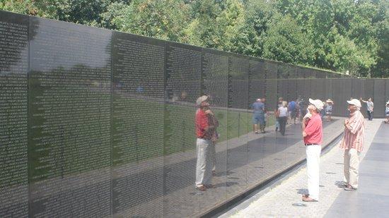 Vietnam Veterans Memorial: finding comrades.