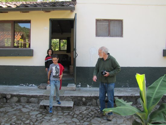 El Refugio de Intag Lodge: Peter and our two kids, Rafael and Hillel