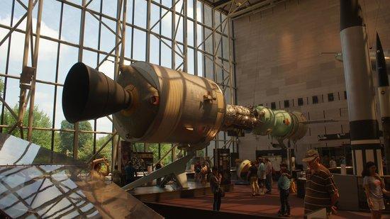 Museo Nacional del Aire y el Espacio: capsule