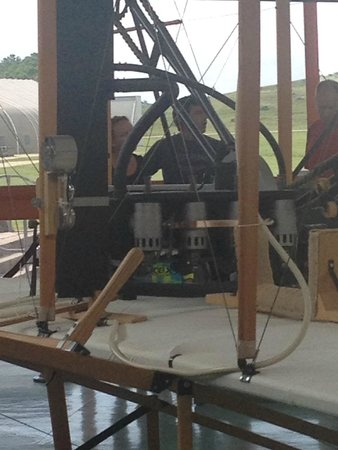 Wright Brothers National Memorial : the engine