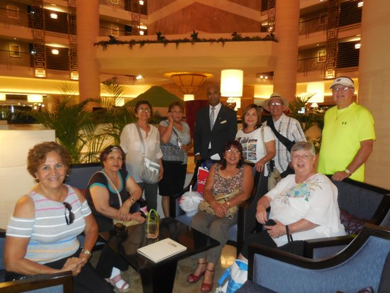 Sheraton Dubai Creek Hotel & Towers: Our group in the lobby with a staff member