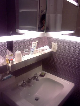 W New York: Bathroom complete with Bliss Products