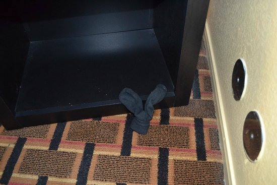 Econo Lodge Brookhollow: Socks from previous guest