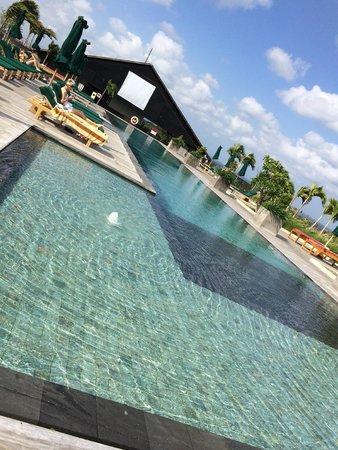 U Paasha Seminyak: Lovely rooftop pool