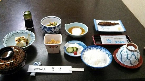 Kamesei Ryokan: 朝食
