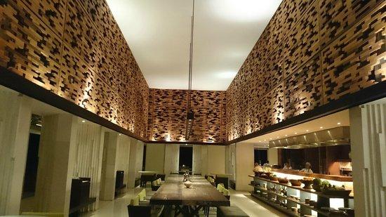 The Warung at Alila Villas Uluwatu: The inside view of The Warung
