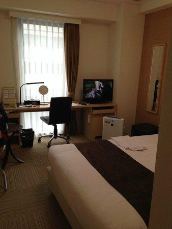Hotel Prezio Shizuoka-Ekinan : ダブルベットで快適です