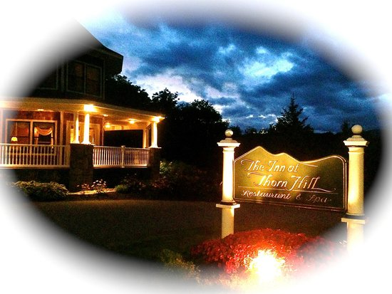 The Inn at Thorn Hill & Spa: Evening