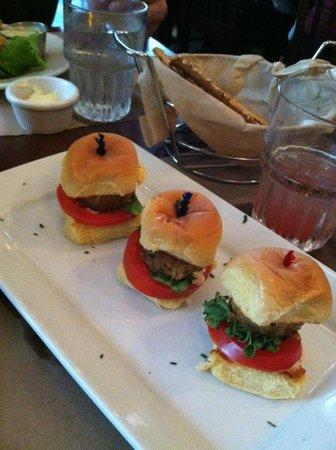 City Crab & Seafood Company : Crab Sliders