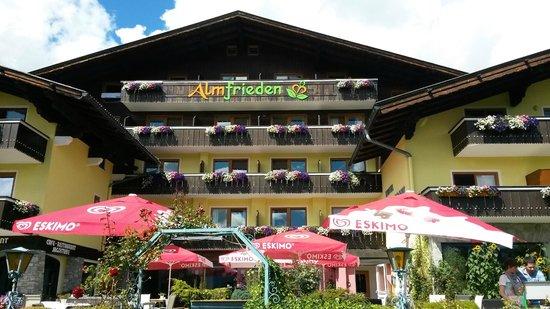 Almfrieden Wander- und Langlaufhotel: Hotel