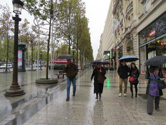 BridgeStreet Champs Elysees -  Berri : a 1 cuadra champs elysee