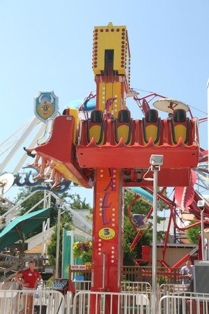 "Funland : The ""mini"" drop ride"