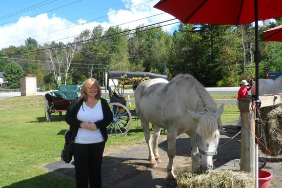 Golden Eagle Resort: Me after the horse & carriage ride celebrating our 30th wed ann = )