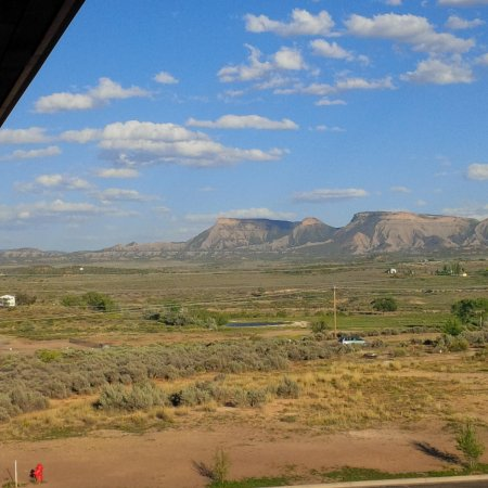 Baymont Inn & Suites Cortez: view from outside room