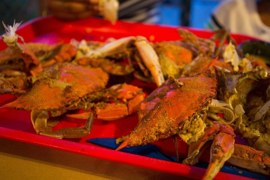 On the Bay Seafood : Crab