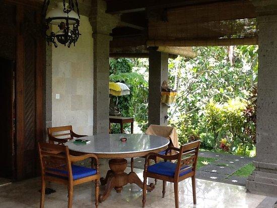 Alam Shanti: La entrada a nuestra cabaña