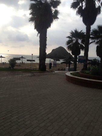 Sandy Beach Hotel & Resort: sun set view