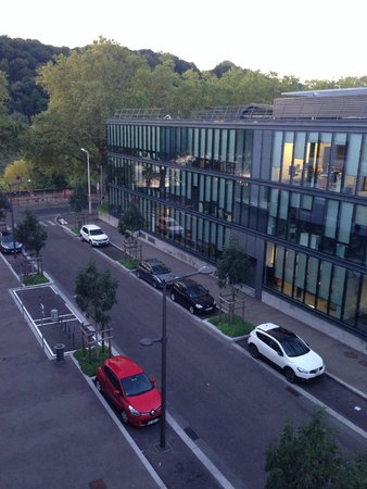 Hotel Lyon-ouest : View from the window to the river side