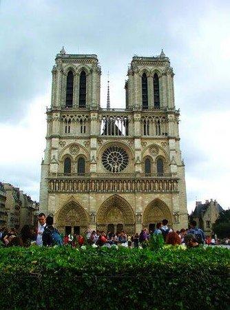 Notre-Dame de Paris: Notre Dame