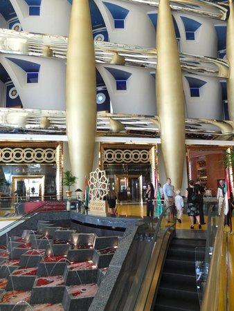 Burj Al Arab Jumeirah: Lobby