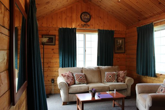 Grande Denali Lodge: View inside Moose cabin
