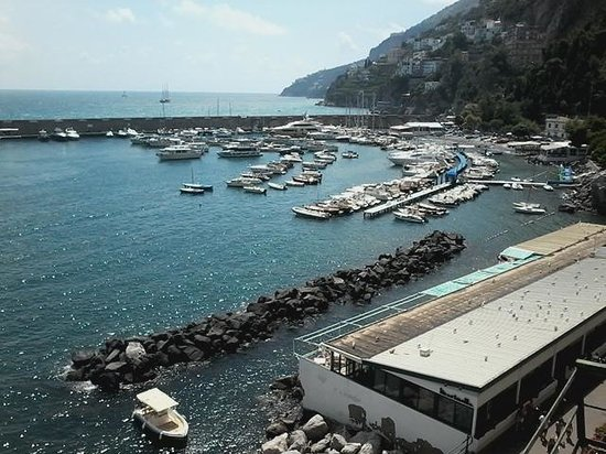 Amalfi Holiday Resort : vista sul terrazo