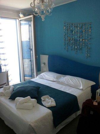 B&B Aria di Mare: stanza con terrazzino