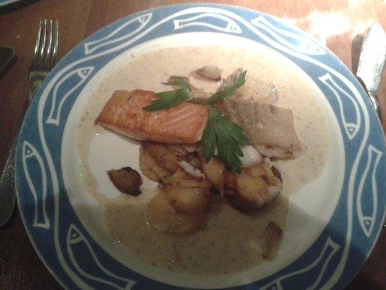 Fischmarkt: Filetto di salmone e merluzzo